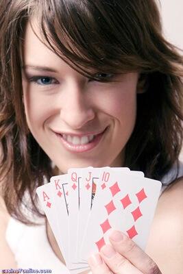 Fine Advantages Of Online Casinos